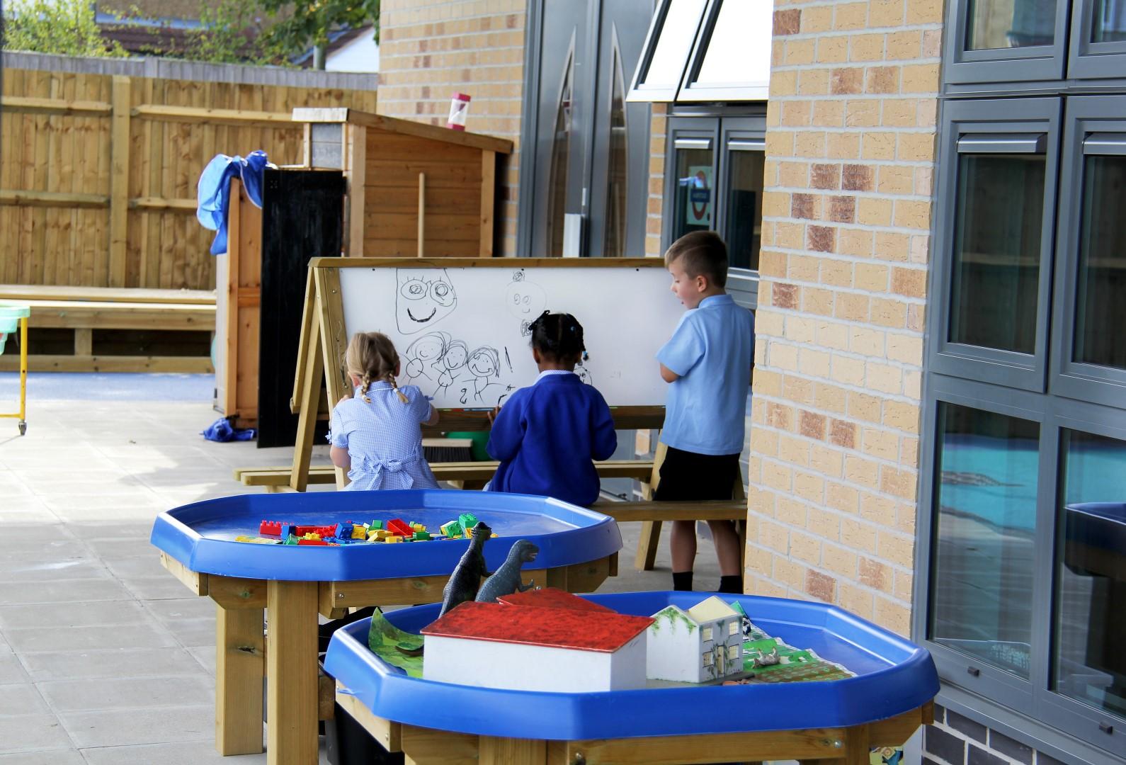 outdoor school play equipment