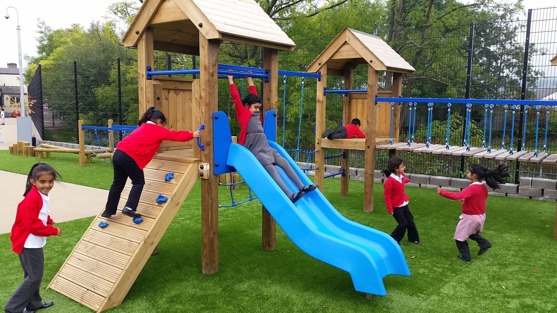 how outdoor play can improve children 39 s sleep pentagon play. Black Bedroom Furniture Sets. Home Design Ideas