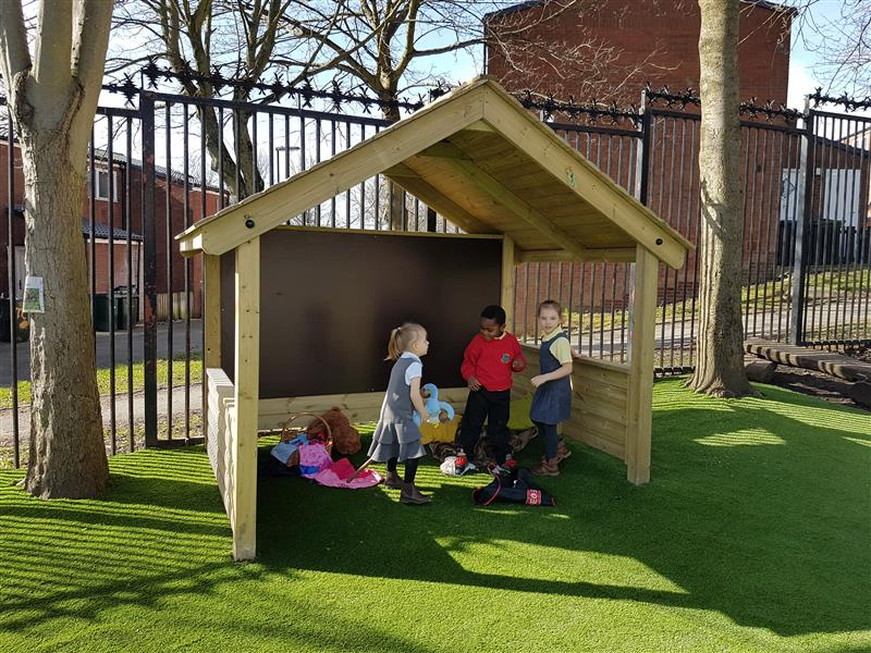 outdoor play house for schools