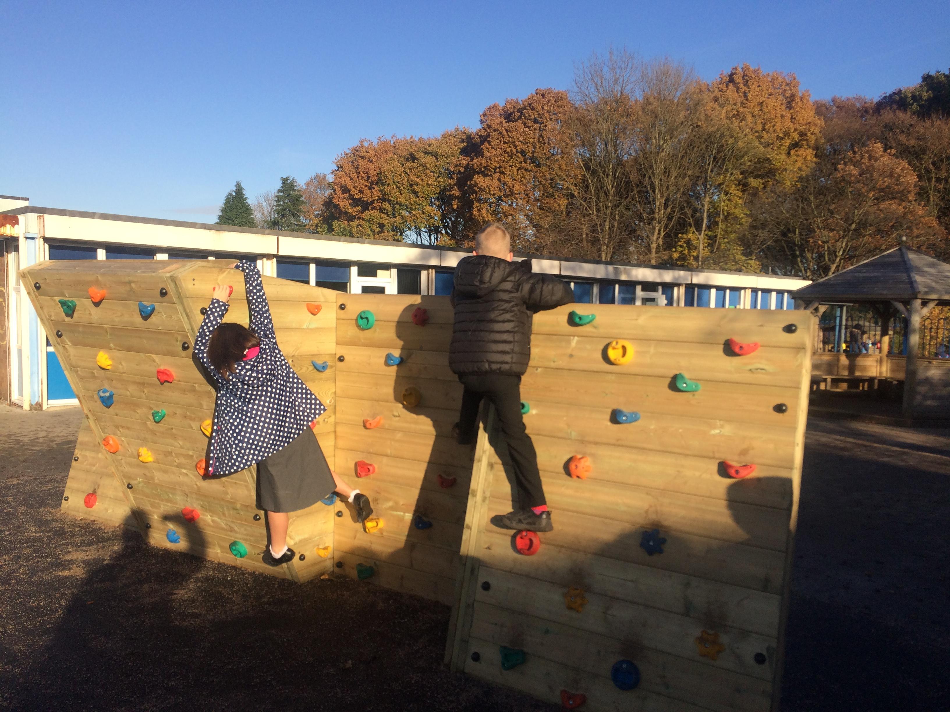bouldering climbing wall