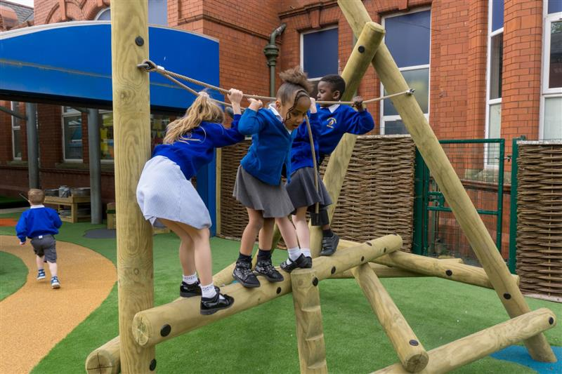 log climbing frames for eyfs