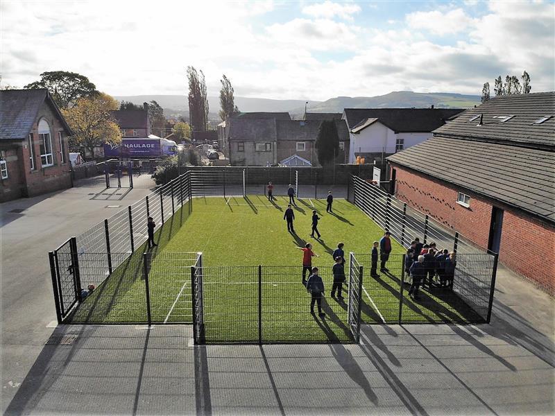 Hollingworth Primary School S Muga Pentagon Play