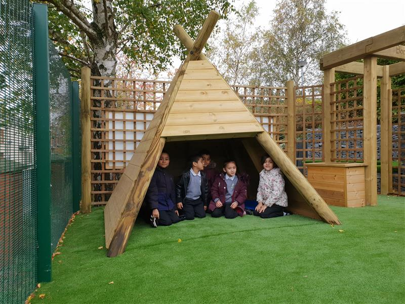 Dens for Primary School playgrounds
