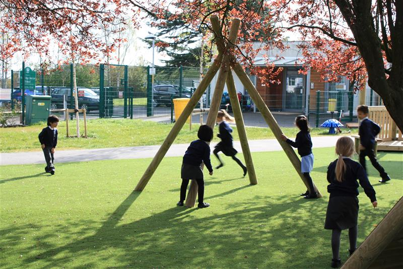 Outdoor Playground Equipment For Schools