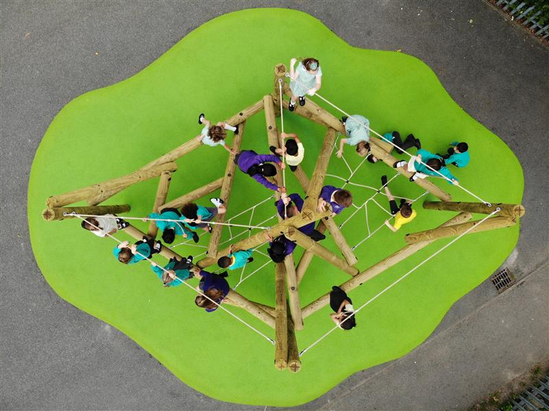 outdoor climbing frames for schools