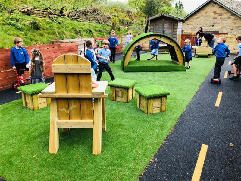 eyfs outdoor play equipment