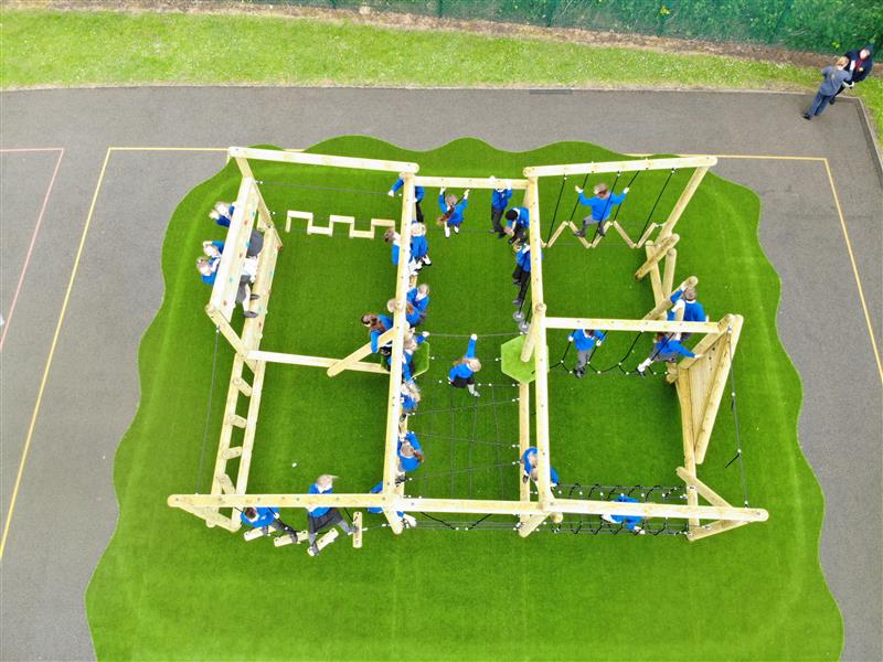 outdoor play equipment for schools