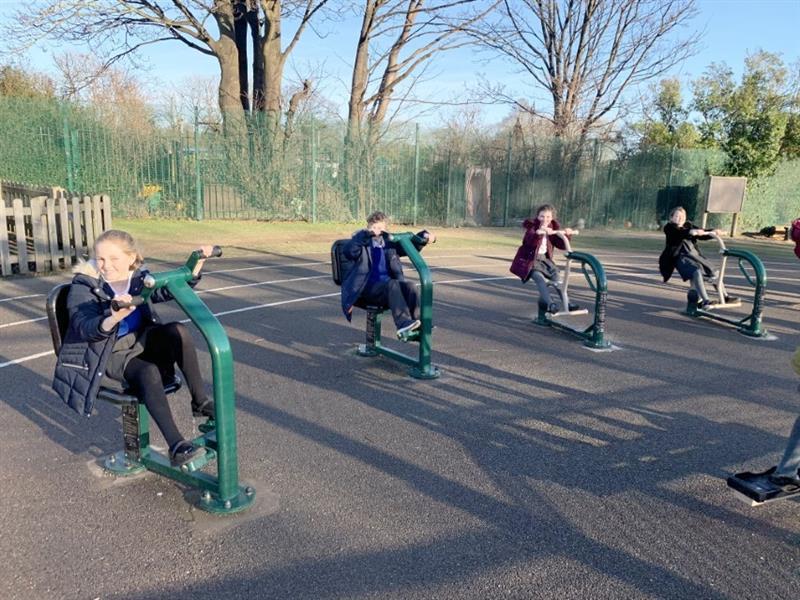 Primary School Outdoor Gym Equipment