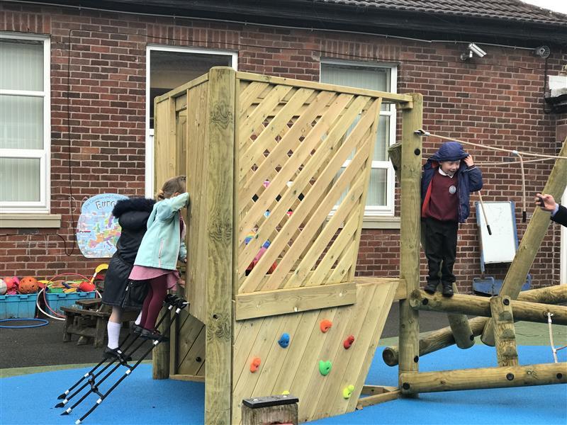 climbing frame eyfs