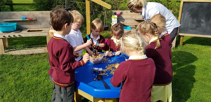 eyfs play equipment