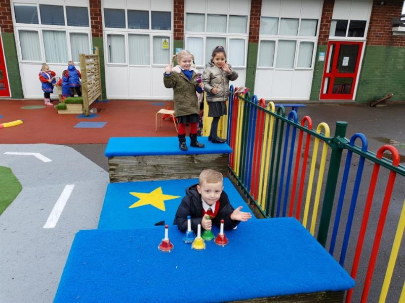 outdoor stage for eyfs