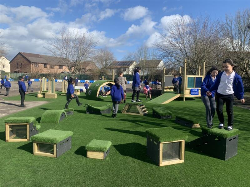 outdoor play resources for physical development