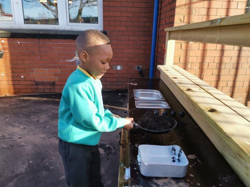 EYFS Playground Mud Kitchen