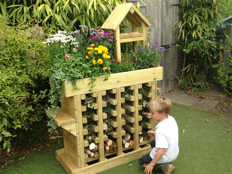 insect hotels for eyfs