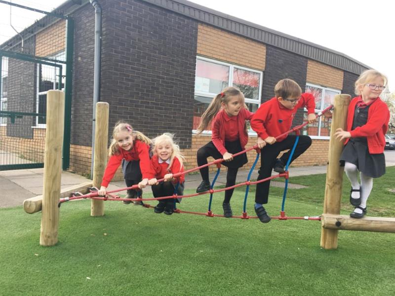 Trim Trail Equipment For Schools