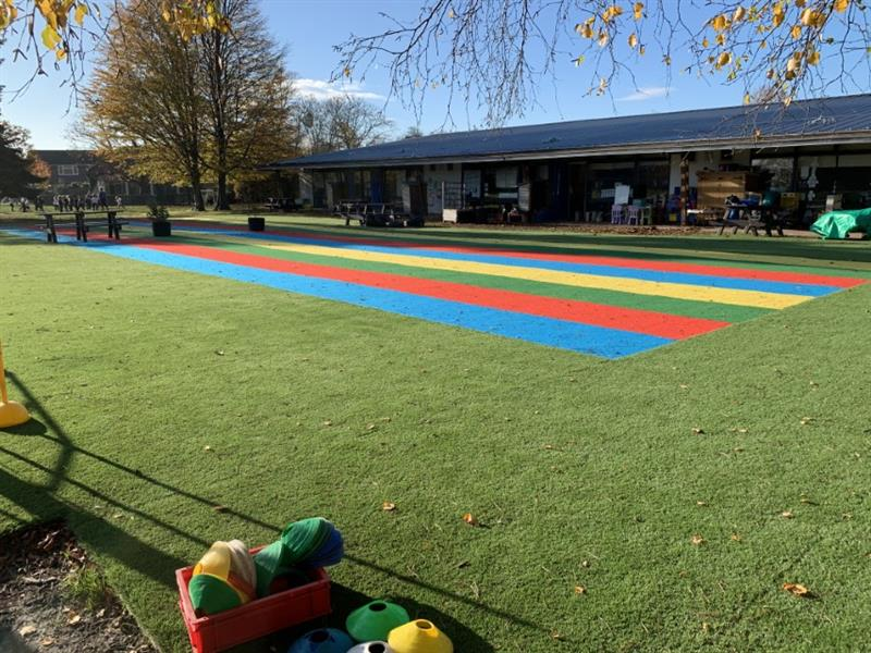 Artificial Grass and multicoloured saferturf