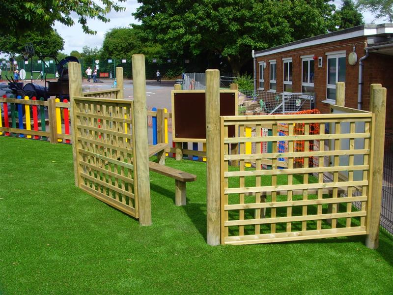 Trellis Fencing for school playgrounds