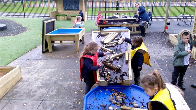 outdoor steam playground activities