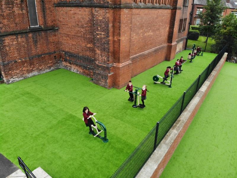 artificial turf for schools
