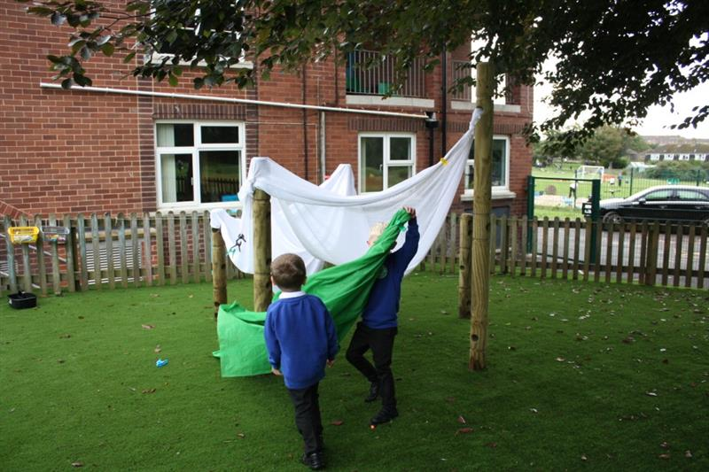Den making playground equipment for schools