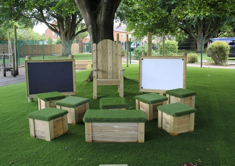 outdoor seats for schools