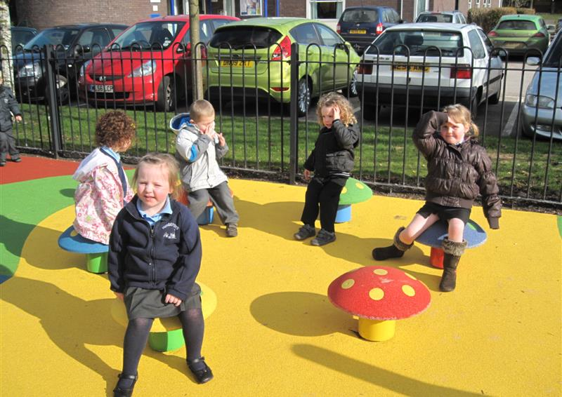 outdoor mushroom seats for schools