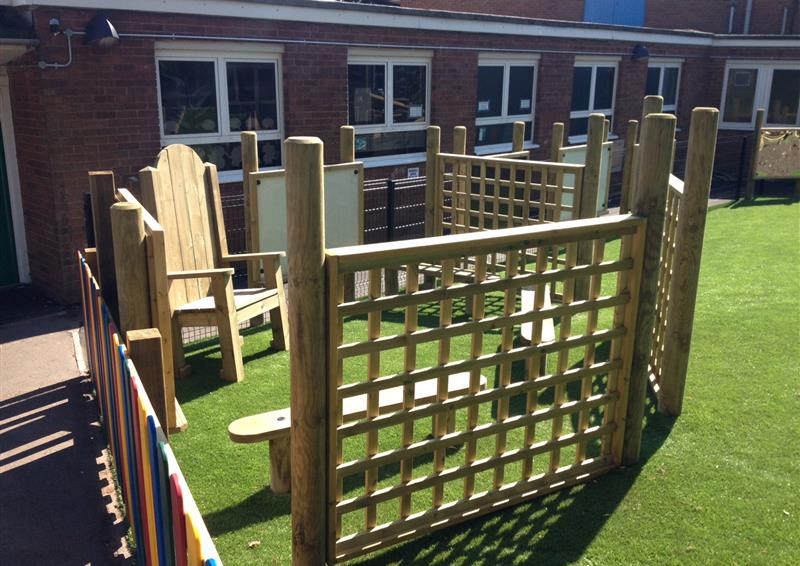 trellis screen fencing for schools