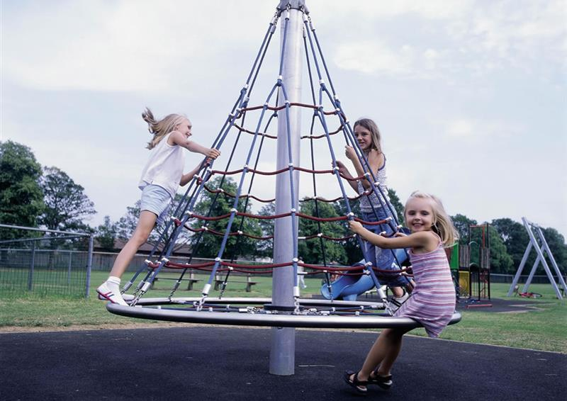 kinetic play equipment