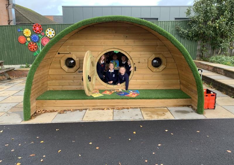 Playground Dens for schools