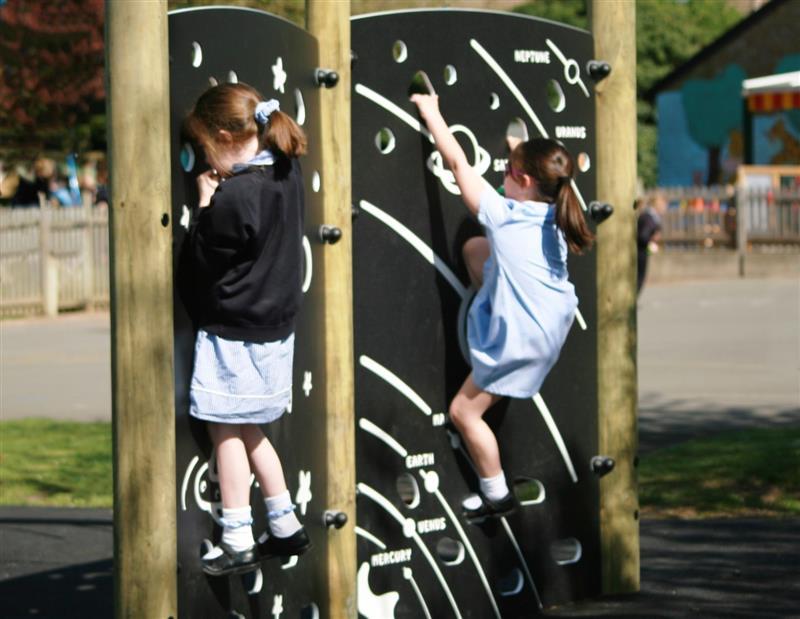school climbing equipment for playgrounds