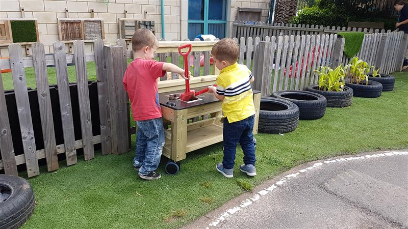 Nursery Garden and Preschool Playground Mud Kitchen